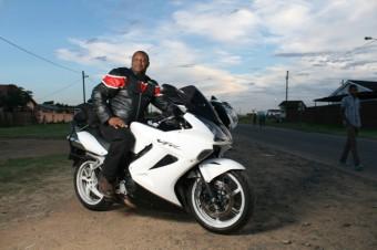 Rhadu – Honda vfr 800