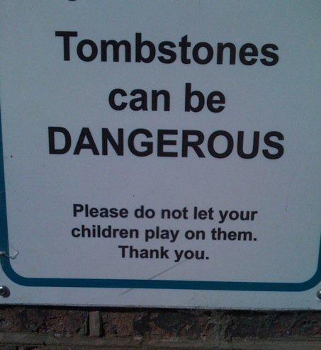 Kif_Tombstones