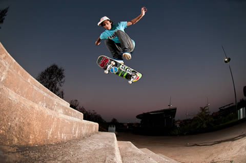Jean Marc withh a hard flip down 7 stairs at Ellis Park