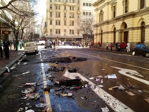 Cape Town Municipal Workers Riot