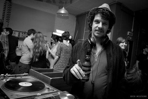 Viva Unit 11 - DJ Blacklabel