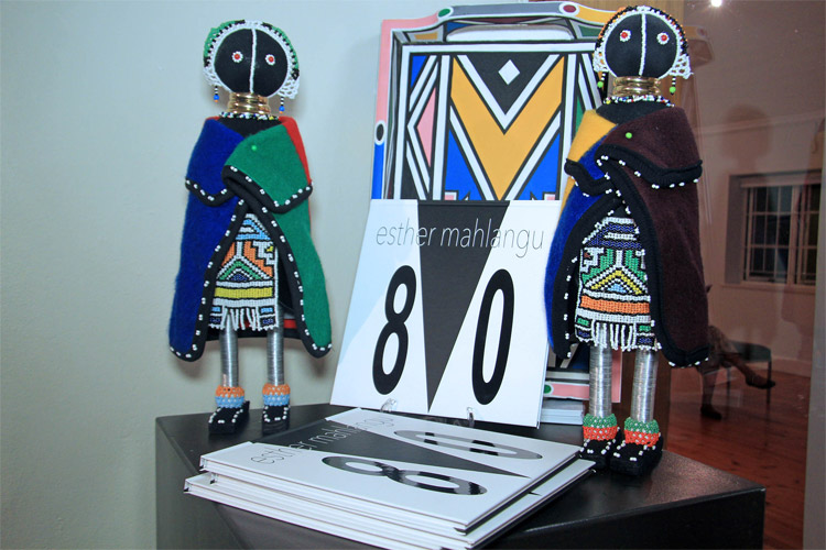esther-mahlangu-dolls